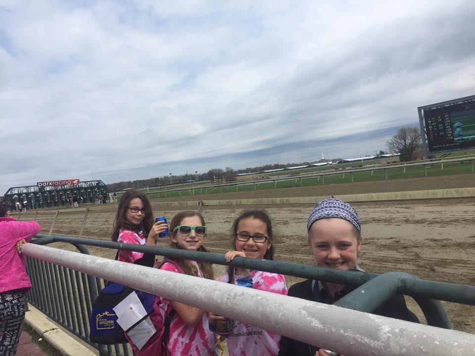 elf race track 1